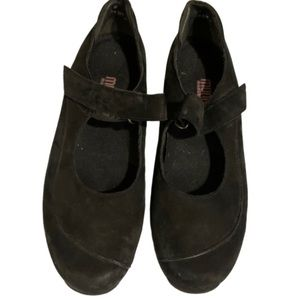 Munro black suede Velcro strapped flats